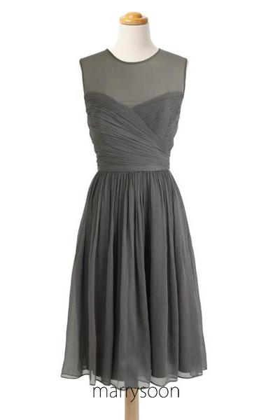 Charcoal Gray Illusion Bateau Neck Short Bridesmaid Dresses, Knee Length Dark Gray Bridesmaid Dress With Boat Neck Sash MD064